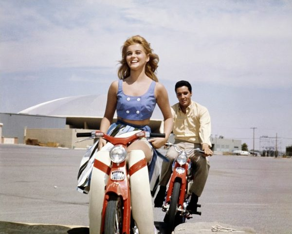 Ann-Margret-and-Elvis-Presley-during-the-filming-of-Viva-Las-Vegas-in-1963