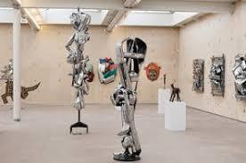 robot door Yubi Kirindongo